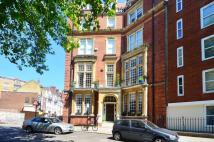 3 bed Flat to rent in Hans Place...