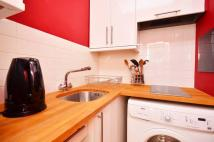 Studio flat to rent in Basil Street...