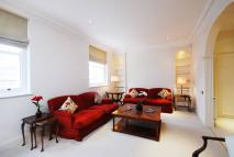 Flat to rent in Wilton Crescent...