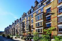 Flat to rent in Walton Street, Chelsea...