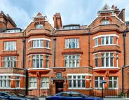 2 bedroom Flat in Culford Gardens, Chelsea...