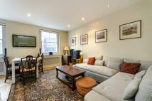 2 bed Flat in Oakley Street, Chelsea...