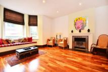 1 bedroom Flat in Beaufort Mansions...
