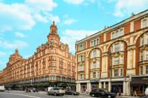 Flat to rent in Hans Road, Knightsbridge...