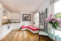 2 bed Flat in Flood Street, Chelsea...
