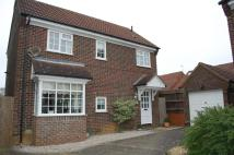 4 bed Detached house in Edmonds Drive, Stevenage...