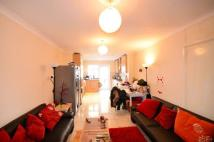 5 bedroom Maisonette for sale in Long Lane, East Finchley...