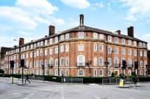 3 bedroom Flat in Fortis Green...
