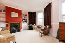 Flat to rent in Beech Road, Bounds Green...