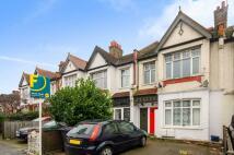 Colney Hatch Lane Flat to rent
