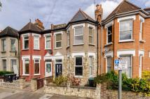 4 bed home to rent in Cobham Road...