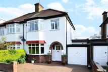 3 bedroom house in Newton Avenue...