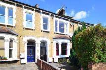 Flat for sale in Whittington Road...