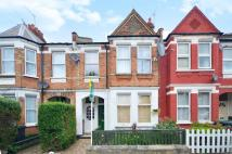 2 bedroom Flat for sale in Lyndhurst Road...