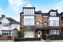 Studio apartment to rent in Fortis Green...