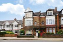 Studio flat in Fortis Green...