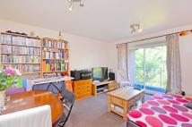 1 bed Flat in Park Avenue...