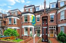 Flat for sale in Muswell Hill Road...