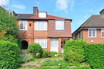 4 bedroom house to rent in The Chine, Muswell Hill...