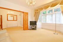 6 bedroom property to rent in Western Road...