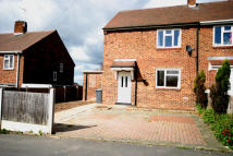 3 bed semi detached property to rent in Lincoln Road, Stapenhill...