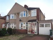 3 bed semi detached property to rent in Westwood Lane, Welling