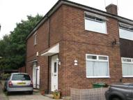 2 bed Maisonette in Gwillim Close, Blackfen