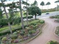 3 bedroom Apartment to rent in Sandbanks Road...