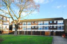 Flat in Whitton Walk, Bow, E3