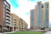 Flat in No 1 The Plaza, Bow, E3