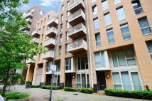 Flat in Truman Walk, Bow, E3