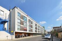 Kleine Wharf Flat to rent