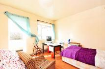 5 bedroom Flat for sale in Vallance Road...