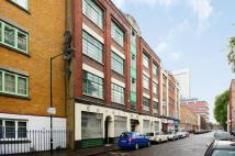 Flat for sale in Cavell Street...