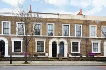 3 bedroom property for sale in Old ford Road...