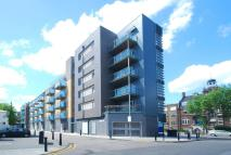 Flat to rent in Bow Road, Bow, E3
