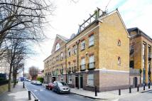 1 bed Flat in Ravenscroft Street...