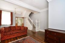 3 bed property in Old Ford Road, Bow, E2