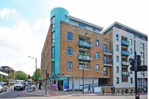 2 bed Flat in Wapping Lane, Wapping...