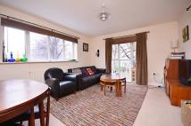 2 bedroom Flat in Belton Way, Bow, E3