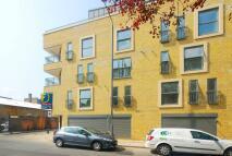 Flat to rent in Woodseer Street...