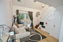 1 bedroom semi detached home to rent in Hartley Gardens, Tadley...