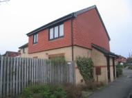 Cluster House to rent in Pettingrew Close...