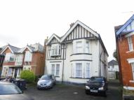 Flat in Bryanstone Road, Winton...