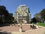 2 bed Flat to rent in Manor Road, East Cliff...