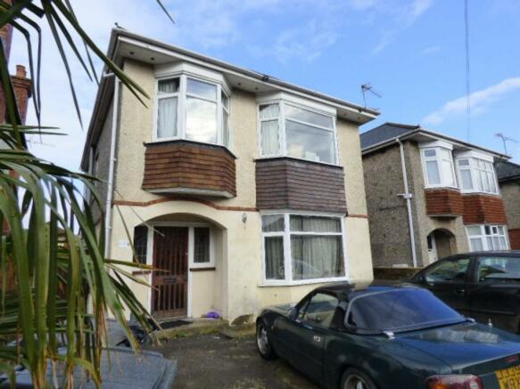 5 Bedroom Detached House To Rent In Victoria Park Road