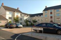 Flat to rent in Cravenwood Rise...
