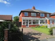 3 bedroom property to rent in Moor Avenue, Penwortham...