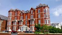 Flat to rent in Promenade, Southport