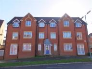 2 bed Flat in Pinkers Mead...
